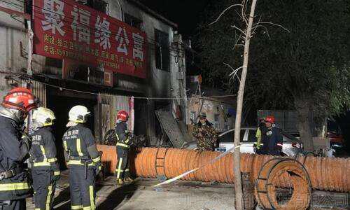 """北京大兴火灾致19死8伤,""""工业大院""""有哪些消防隐患需重视?"""